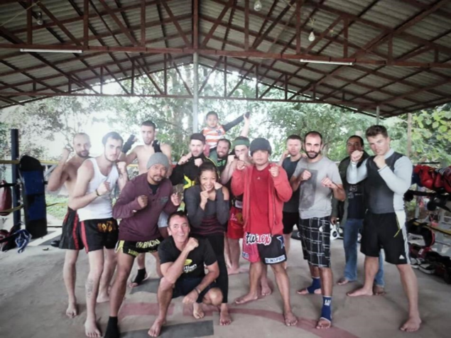 Training im Charn Chai Muay Thai Gym in Pai Thailand
