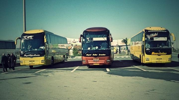 Busse im Iran