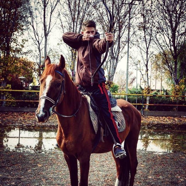 bogenschießen vom pferd